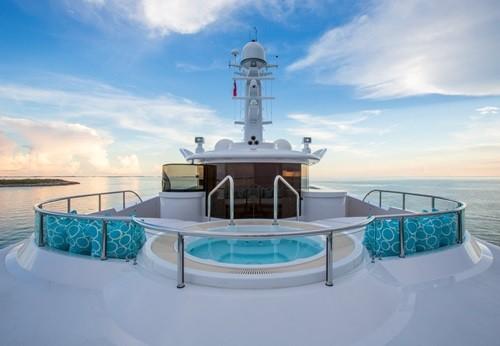Chiêm ngưỡng siêu du thuyền giá thuê gần nửa triệu đô/tuần - Ảnh 4