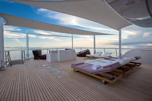 Chiêm ngưỡng siêu du thuyền giá thuê gần nửa triệu đô/tuần - Ảnh 5