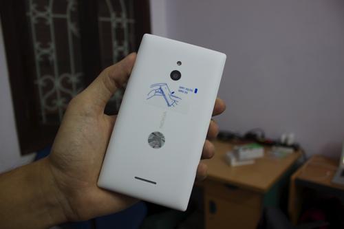 Đập hộp Nokia XL chính hãng bắt đầu bán tại Việt Nam - Ảnh 5