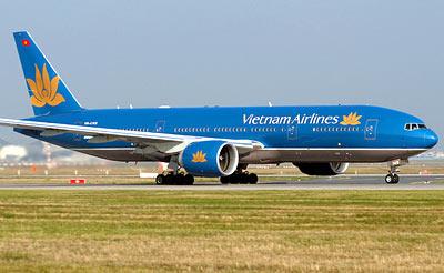 Vietnam Airlines hoãn chuyến, hơn 200 người chờ... 1 khách VIP - Ảnh 1