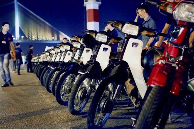Những chiếc xe máy hút hồn giới trẻ Việt - Ảnh 2