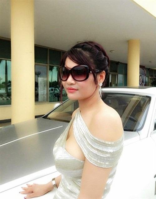 Nữ đại gia đẹp và hot hơn cả hoa hậu ở Việt Nam - Ảnh 5