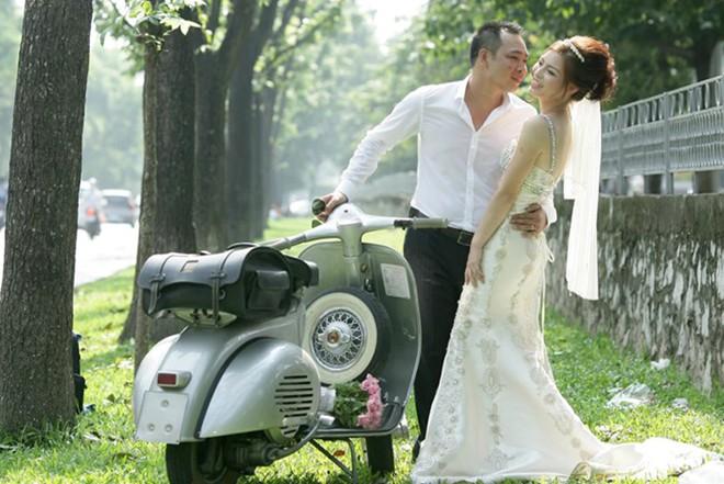 Rộ mốt thuê xe cổ tiền tỷ chụp ảnh cưới, rước dâu ở Sài Gòn - Ảnh 6