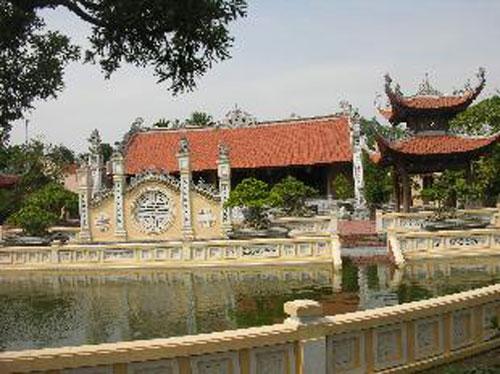 Sững sờ nhà giàu Việt Nam mang đống vàng ra dát nhà - Ảnh 15