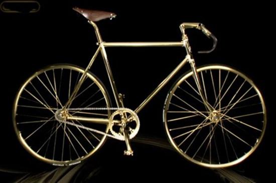 Chiếc xe đạp dát vàng, nạm 600 viên pha lê giá... 2 tỷ đồng - Ảnh 1