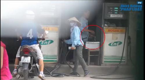Mức xử phạt gian lận tại cây xăng 143 Trần Phú có thỏa đáng? - Ảnh 1