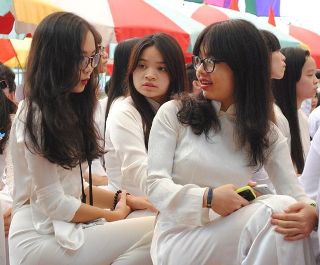 Ngắm nữ sinh trường Đoàn Thị Điểm rạng rỡ ngày khai giảng - Ảnh 5