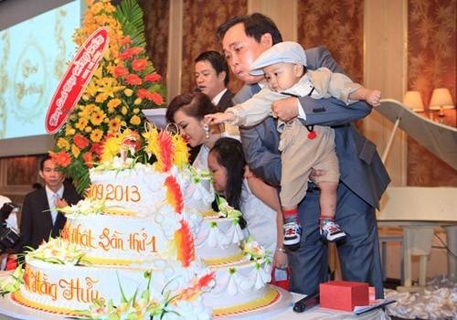 Cậu bé Việt thừa kế 100 triệu USD của tỷ phú Mỹ - Ảnh 3