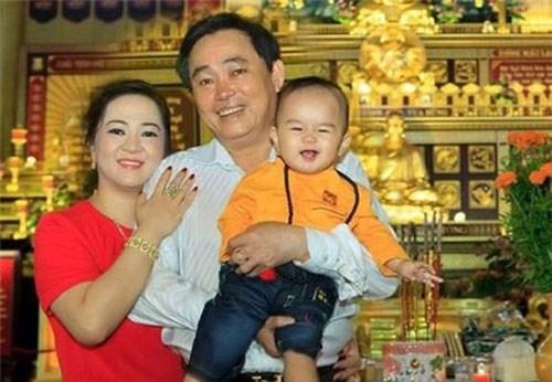 Cậu bé Việt thừa kế 100 triệu USD của tỷ phú Mỹ - Ảnh 4