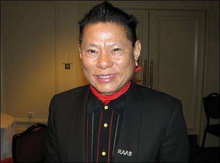 Đại gia gốc Việt sở hữu 2,8 tỷ USD, lọt top tỷ phú của Forbes - Ảnh 1