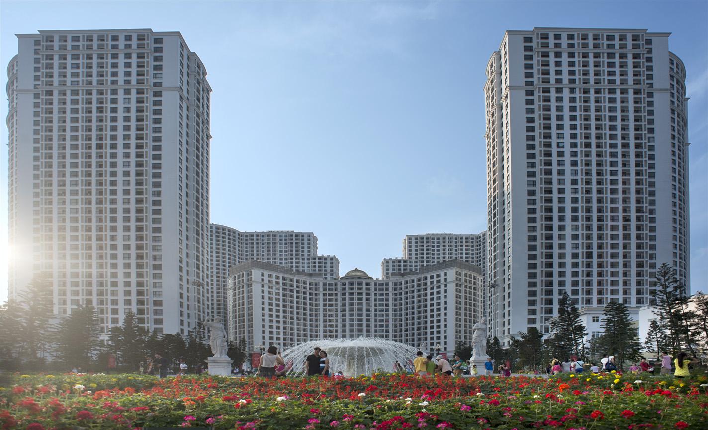 Phạm Nhật Vượng: Người kiến tạo những khu đô thị trong mơ - Ảnh 2
