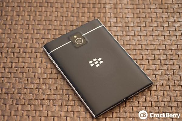 Mãn nhãn với BlackBerry Passport đậm chất BB - Ảnh 8