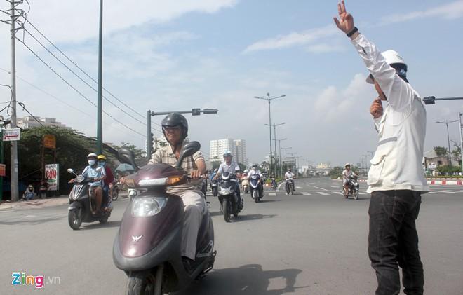 Thông xe tiếp đường nội đô 10 làn đẹp nhất Sài Gòn - Ảnh 1
