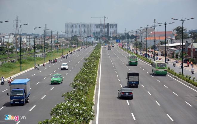 Thông xe tiếp đường nội đô 10 làn đẹp nhất Sài Gòn - Ảnh 2