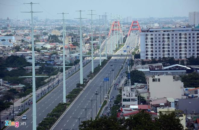 Thông xe tiếp đường nội đô 10 làn đẹp nhất Sài Gòn - Ảnh 6