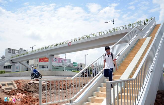 Thông xe tiếp đường nội đô 10 làn đẹp nhất Sài Gòn - Ảnh 9