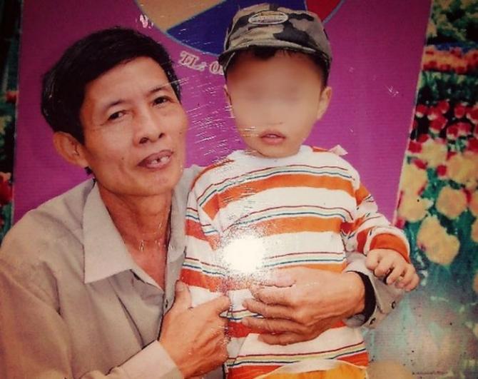 Khởi tố người cha lỡ tay giết chết con trai  - Ảnh 1