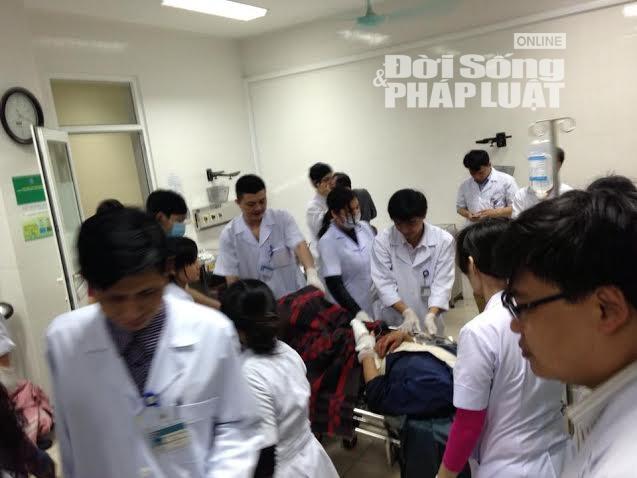 Công tác cứu chữa nạn nhân trong vụ sập giàn giáo ở Formosa - Ảnh 1