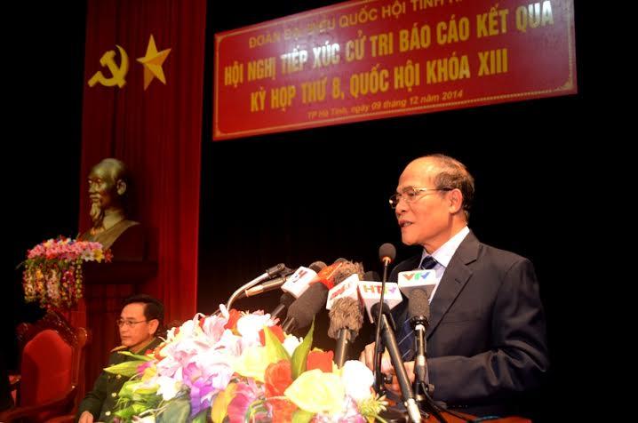 Chủ tịch Quốc hội tiếp xúc cử tri với lực lượng vũ trang Hà Tĩnh - Ảnh 3
