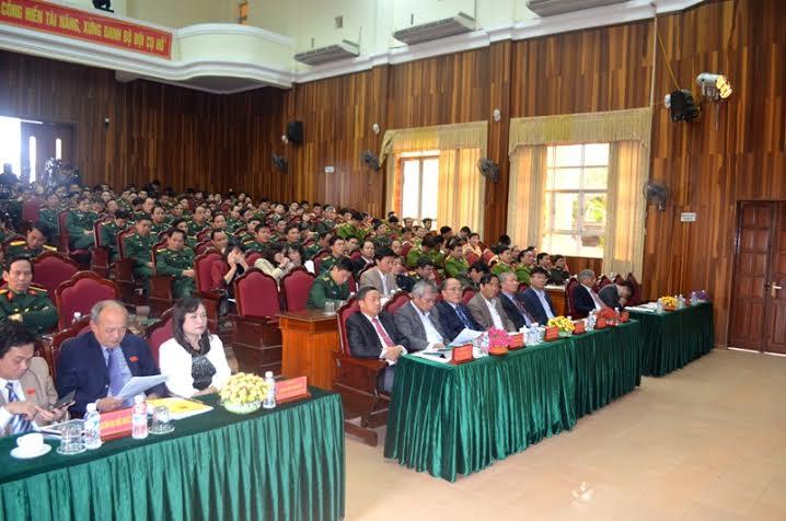Chủ tịch Quốc hội tiếp xúc cử tri với lực lượng vũ trang Hà Tĩnh - Ảnh 1