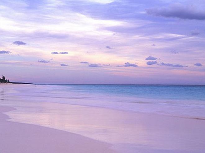 Khám phá 7 bãi biển có màu cát đẹp nhất thế giới - Ảnh 4
