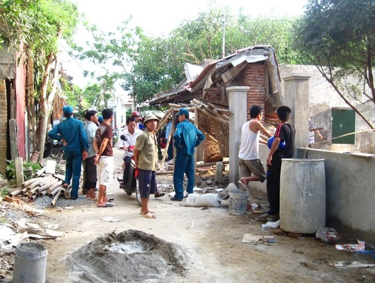 Thanh Hóa: Khối bê tông đổ sập đè chết một thợ xây - Ảnh 1