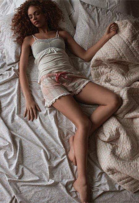 Tư thế ngủ nào tốt cho phụ nữ? - Ảnh 2