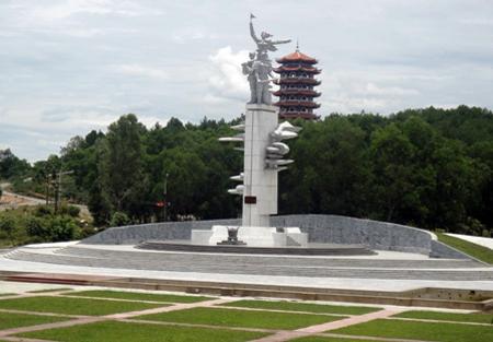 Gặp người đội trưởng rà phá bom mìn tại Ngã ba Đồng Lộc - Ảnh 2