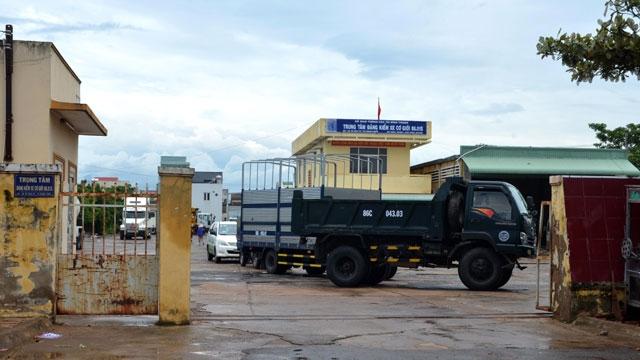 Tạm đình chỉ Phó GĐ Trung tâm đăng kiểm tỉnh Bình Thuận - Ảnh 1