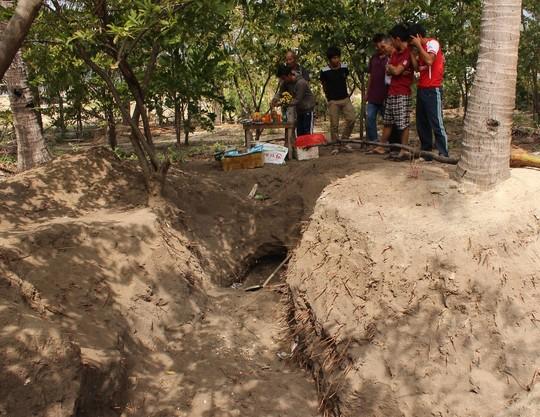 23 bộ hài cốt được phát hiện trong vườn ở Khánh Hòa - Ảnh 1