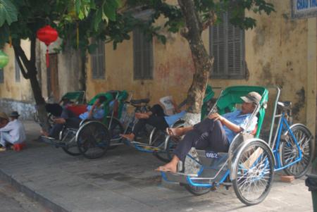 Xích lô, xe ôm ở Đà Nẵng được hỗ trợ Tết 250.000 đồng/người - Ảnh 1