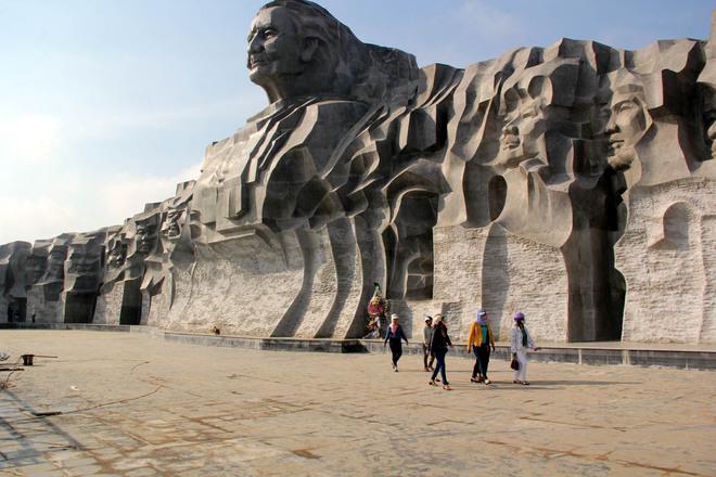Hoàn thành tượng đài mẹ Việt Nam 411 tỷ đồng ở Quảng Nam - Ảnh 1
