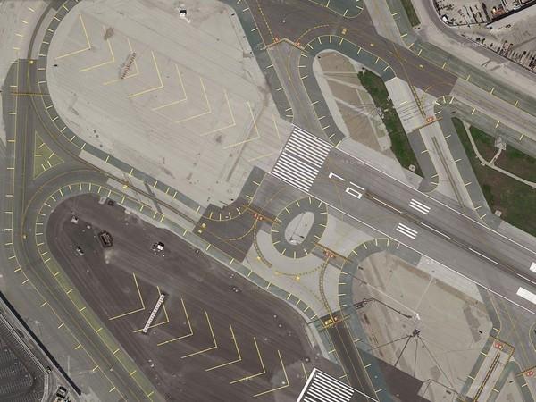"""Giải mã những kí tự """"bí ẩn"""" trên đường băng ở tất cả các sân bay - Ảnh 7"""