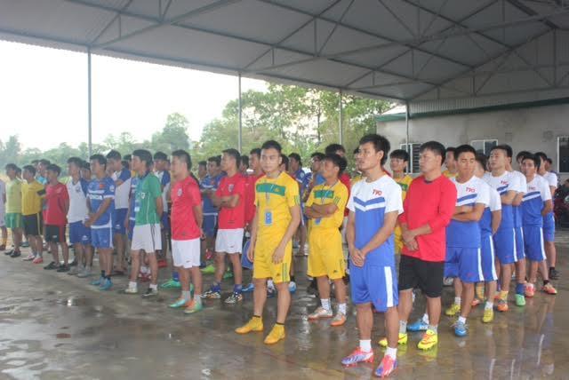 Tưng bừng khai mạc giải bóng đá mini nam thanh niên tranh cúp Việt Nam Xanh - Ảnh 5