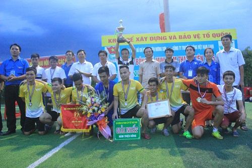 Kết thúc thành công giải bóng đá mini nam thanh niên tranh Cup Việt Nam Xanh - Ảnh 4