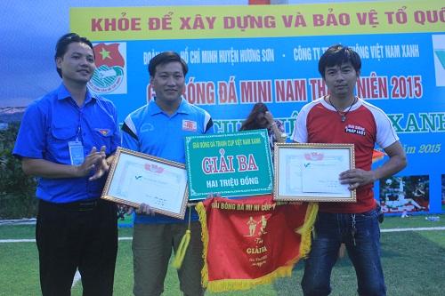 Kết thúc thành công giải bóng đá mini nam thanh niên tranh Cup Việt Nam Xanh - Ảnh 3