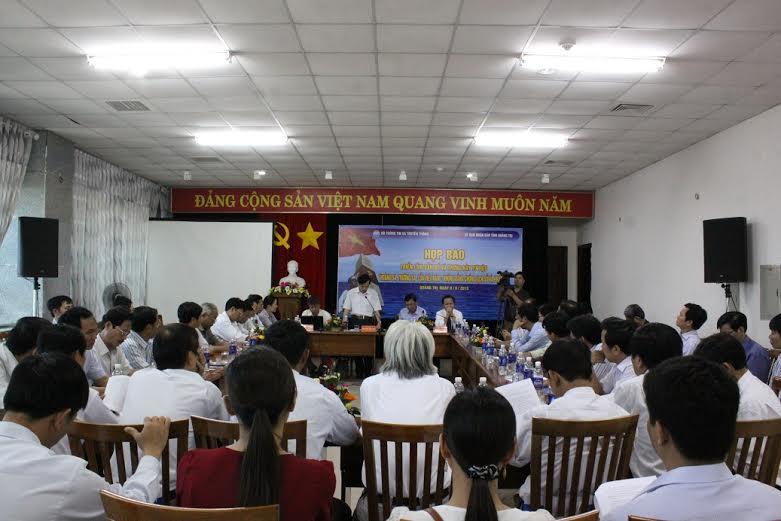 Quảng Trị: Họp báo triển lãm bản đồ và trưng bày tư liệu về Hoàng Sa - Trường Sa - Ảnh 1