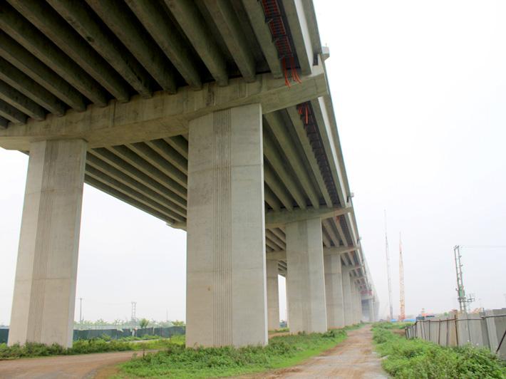 Hợp long cây cầu bắc qua sông Hồng dài nhất Hà Nội - Ảnh 4
