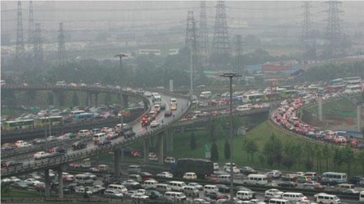"""Dân Trung Quốc đang """"chết mòn"""" vì khí thải ôtô - Ảnh 1"""