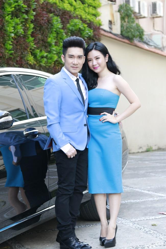 Quang Hà tình tứ đưa đón bạn gái bằng xe sang - Ảnh 3