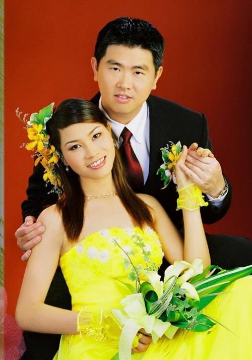 """DV Xuân Nguyễn: Chuyện """"chân dài"""" bán dâm không lạ trong showbiz - Ảnh 1"""