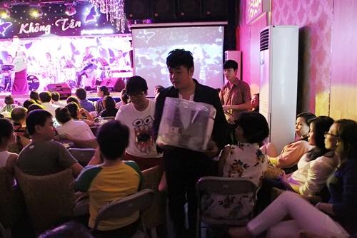 Lệ Quyên cùng sao Việt ủng hộ Duy Nhân 200 triệu đồng - Ảnh 2