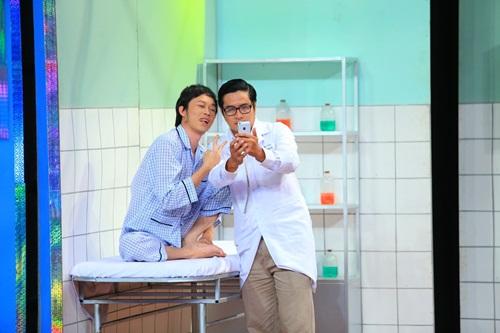 """Ơn giời cậu đây rồi: Hoài Linh làm bệnh nhân """"hành"""" khách mời - Ảnh 14"""