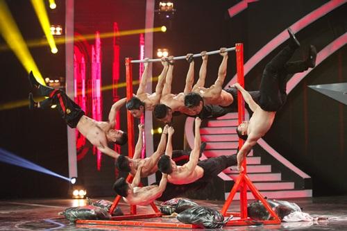 Vietnam's Got Talent: Vân Hugo, Thúy Hạnh thích mê nhóm 6 múi - Ảnh 8