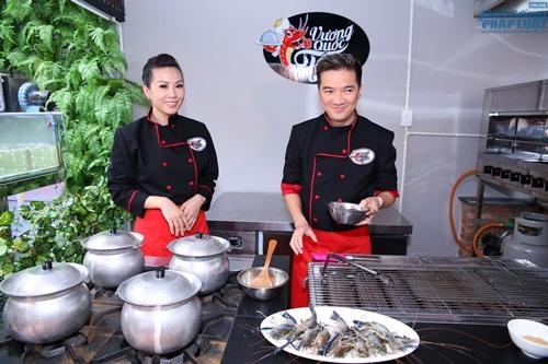 Đàm Vĩnh Hưng vào bếp học nấu ăn - Ảnh 1