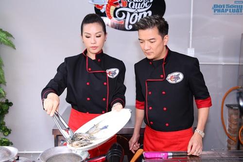 Đàm Vĩnh Hưng vào bếp học nấu ăn - Ảnh 3