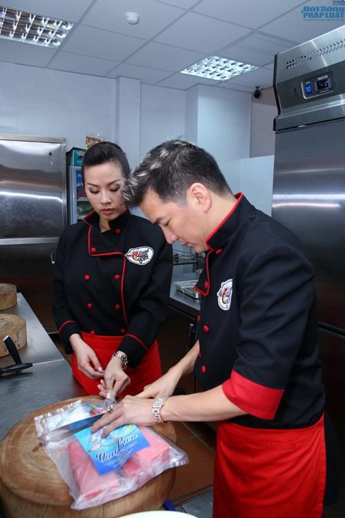 Đàm Vĩnh Hưng vào bếp học nấu ăn - Ảnh 5