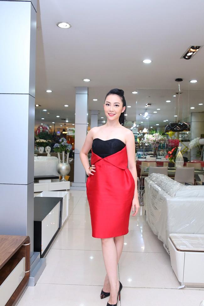 Linh Nga, Hà Kiều Anh khoe vẻ đẹp mặn mà, quyến rũ - Ảnh 2