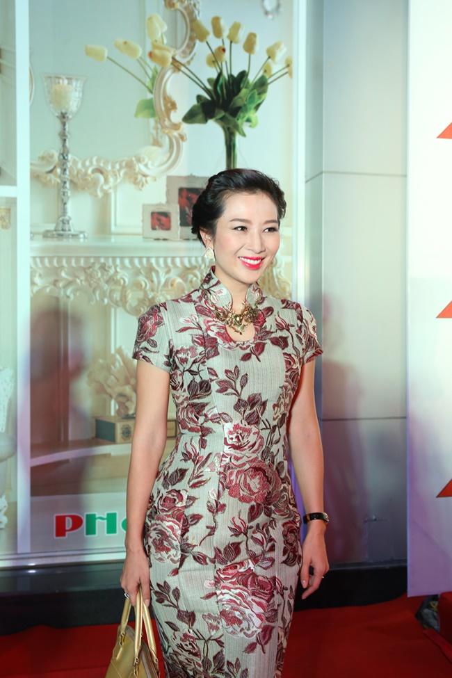 Linh Nga, Hà Kiều Anh khoe vẻ đẹp mặn mà, quyến rũ - Ảnh 11