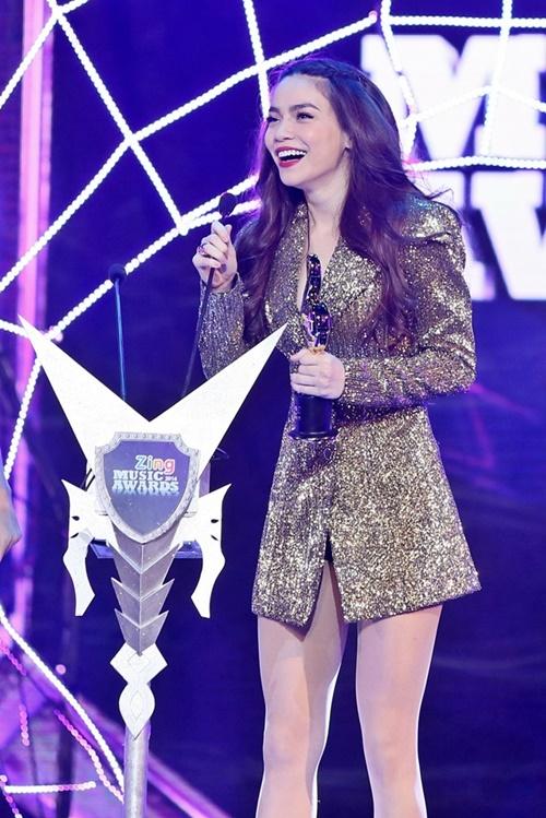 Trung Quân Idol, Bích Phương thắng lớn tại giải Zing Music Awards 2014 - Ảnh 3